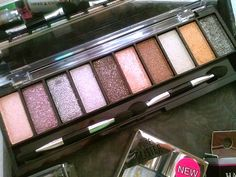 NEW: Hard Candy Cosmetics Fall 2014 Collection - Review/Swatches here>