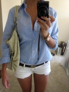 Denim shirt tucked into white shorts, brown leather bag instead of the tan cloth one in pic