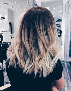 Ombr balayage with dark brown root warm blonde balayage - Balayage cheveux frises ...
