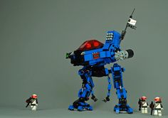There's nowhere in space you can hide from Tim Goddard's fearsome police mech Lego Space Police, Lego Police, S Brick, Lego Brick, Lego Robot, Lego Mechs, Lego Photography, Lego Design, Lego Models
