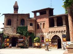 E' lui il borgo italiano tra i più visitati e amati di sempre - Grazzano
