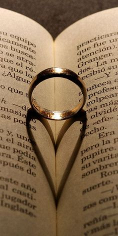 :) The only thing I would change, is that I would put the wedding ring in a Bible. #ChristianWeddingIdeas