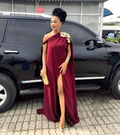 Now you have got the invite and you are confused about what outfit to wear! This style feature is all about how you can look your very best as a… - Pregnancy African Wear Dresses, Latest African Fashion Dresses, African Print Fashion, African Attire, Mode Outfits, Fashion Outfits, Dress Outfits, Fashion Tips, Maternity Dresses