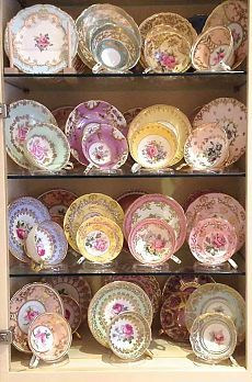 Vintage China Dainty tea cup, saucer and tea plate display on glass shelves Vintage Dishes, Vintage China, Vintage Teacups, Antique China, Antique Dishes, Tea Cup Display, Plate Display, China Display, Display Stands