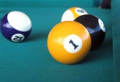 How to Clean Yellowed Billiard Balls (5 Steps)
