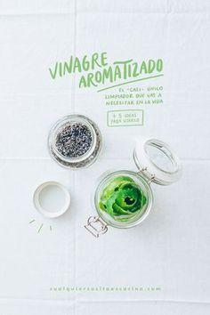 Una receta facilísima para preparar tu propio vinagre aromatizado: el —casi— único limpiador que vas a necesitar en la vida. Y reduces tu cuota de basura.