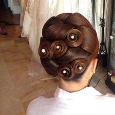 Impressive Bridal Hairstyles by Danthep, Thailand!