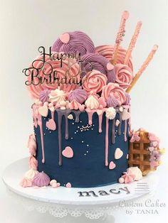 meringue p 16th Birthday Cake For Girls, Birthday Cake For Women Simple, 19th Birthday Cakes, Girly Birthday Cakes, Candy Birthday Cakes, Creative Birthday Cakes, Sweet 16 Birthday Cake, Elegant Birthday Cakes, Beautiful Birthday Cakes