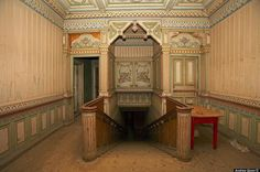 Abandoned  Victorian Mansion | mansiones madera abandonadas Rusia Abandoned Wooden Miracles