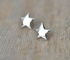 Silver Star Earrings #isischacoadventuregirl
