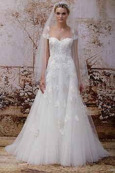New, sample and used Monique Lhuillier wedding dresses for sale at amazing prices. Browse our Monique Lhuillier wedding gowns and find your dream dress for less! Ethereal Wedding Dress, Cute Wedding Dress, Wedding Dresses 2014, Wedding Dress Styles, Wedding Gowns, Dream Wedding, Lace Wedding, Trendy Wedding, Garden Wedding
