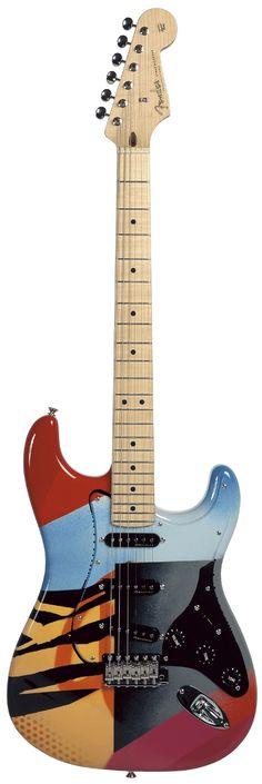 A Stratocaster do Eric Clapton. Deliciosa. Foi leiloada em 2004 por $321,100.