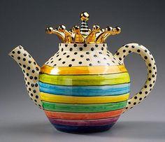 Horizontal Stripe Teapot by Julia Roxburgh Ceramic Teapots, Ceramic Pottery, Tea Cup Saucer, Tea Cups, Teapots Unique, Teapots And Cups, My Cup Of Tea, Chocolate Pots, Coffee Set
