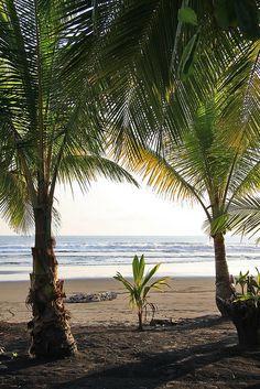 Playa Palo Seco, Parrita, Costa Rica