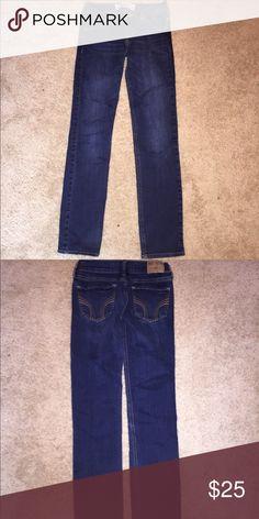 Women's Hollister jeans Hollister size 1s women's straight leg jeans with 25 length 31 Jeans Straight Leg