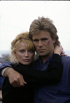 Richard Dean Anderson and Kristina Wayborn in MacGyver (1985)