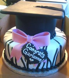 Another graduation idea. Not the zebra, but otherwise cute cake.