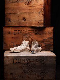 Converse all star het retro origineel verkrijgbaar bij aad van den Berg schoenen vrouwen -> http://www.aadvandenbegr.nl/damesschoenen/converseallstar mannan -> http://www.aadvandenbegr.nl/herenschoenen/converseallstar