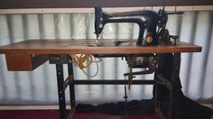 A blog about woodworking, sewing machines, refurbishing, furniture, crafts and DIY projects.
