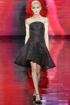 giorgio-armani-prive-couture-fall-2014-53_160423438474 – Vogue