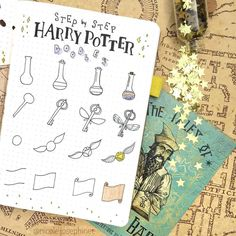 Step by step Harry Potter doodles!✨ Many people asked about the keys so here i., DIY and Crafts, Step by step Harry Potter doodles!✨ Many people asked about the keys so here is how I draw them! Harry Potter Journal, Bijoux Harry Potter, Harry Potter Planner, Theme Harry Potter, Harry Potter Diy, Harry Potter Alphabet, Bullet Journal Ideas Pages, Bullet Journal Layout, Bullet Journal Inspiration