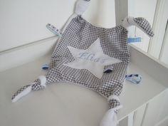 Schmusetücher - Schnuffeltuch incl Name (hellgrau vichy) - ein Designerstück von allesausliebe bei DaWanda