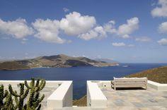 cada ventana es un cuadro, thesuites MYKONOS: www.thesuites.es #greece #mykonos #design #architecture #thesuites #nohotels