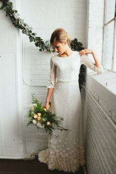 10 Wonderful Winter Wedding Dresses
