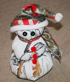 c007a8ddbf5c8 11 Fascinating Camo Christmas - Camo Snowmen images