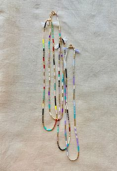 Tiny Necklace, Beaded Choker Necklace, Beaded Jewelry, Beaded Bracelets, Diy Jewelry, Necklaces, Minimalist Necklace, Colorful Bracelets, Gold Beads