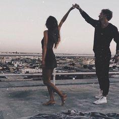 Imagem de couple, love, and goals Disney Instagram, Instagram Girls, Photo Instagram, Cute Relationship Goals, Cute Relationships, Couple Relationship, Cute Couples Goals, Couple Goals, Photo Couple