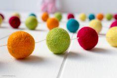 Wool Felt Ball Garland. Colourful Pom Pom Garland. Kids Room Decor. Wool Ball Bunting. Birthday Party Garland. Nursery Decor. Gender Neutral
