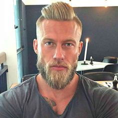 Slicked Back Hair with Undercut and Thick Beard - Best Undercut Hairstyles For Men: Cool Men's Undercut Haircuts with Short, Medium and Long Hair Best Undercut Hairstyles, Pompadour Hairstyle, Men's Pompadour, Beard Styles For Men, Hair And Beard Styles, Long Hair Styles, Barba Grande, Men With Grey Hair, Slicked Back Hair