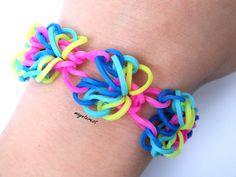 Pulsera de gomitas Butterflor CON GANCHO | Butterflor bracelet #raimbowloom #pulserasdegomitas #pulserasdeligas #DIY #pulseras