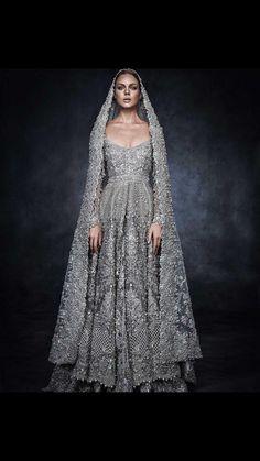 Luxurious Bridal Anarkali Lehenga Dress for Beautiful Brides This luxurious bridal wear will give you very awes Pakistani Bridal, Pakistani Dresses, Indian Bridal, Indian Dresses, Indian Outfits, Pakistani Couture, Indian Saris, Beautiful Gowns, Beautiful Outfits