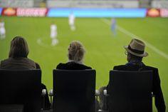 Spiegelreflex Stadionansichten aus Hoffenheim fotografiert von Reiner Pfisterer HANIX No.22 www.hanix-magazin.de