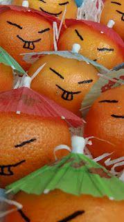mandarijntjes met hoedjes van parapluutjes