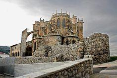 Iglesia Santa María de la Asunción, en Castro Urdiales | Cantabria | Spain