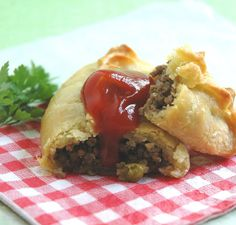 As easy as Pie - Cornish Pie! - My Easy Cooking (because we can't fill up on ONLY sweets now, can we?)