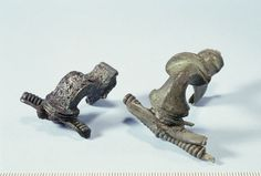 Strongly profiled brooches from Roman Iron Age period. Found in Finland, most likely belong to the same cremation burial.