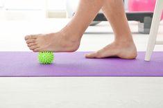 Cviky na bolavá chodidla. Jak na ploché nohy a vbočené palce Fit, Shape