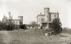 Image5- Moulton Castle, 74 Curzon Mill Rd. Newburyport, Massachusetts Penabscot, PMM Kevin Johnson photo Newburyport Massachusetts, Kevin Johnson, Old Photos, Castle, Mansions, History, House Styles, Antique Photos, Mansion Houses