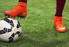 Nike desvela las botas de Cristiano para el Mundial: las Mercurial SuperFly IV
