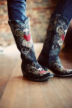 Old Gringos--Grace-Old Gringo, Cowgirl Boots, Grace1167 x 1750463.6KBwww.myalteredcouture.com