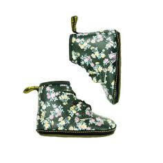 Let your kids relive our own childhood style trends with the Dr. Martens Infant Bootie!