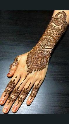 Henna Hand Designs, Mehandi Designs, Mehndi Designs Finger, Wedding Henna Designs, Pretty Henna Designs, Indian Henna Designs, Engagement Mehndi Designs, Modern Mehndi Designs, Mehndi Design Photos