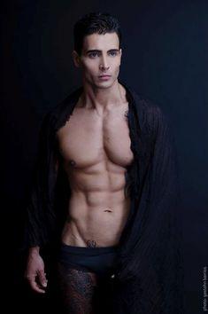 Gastohn Barrios | Alejandro Wolodko (model)