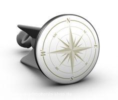 Der Kompass - Vielleicht ist dieser sehr dekorative Stöpsel eine kleine Hilfe den richtigen weg zu finden? Auf jeden Fall ein außergewöhnlicher Hingucker in jedem Badezimmer und auf jeder Gästetoilette. Alter Stöpsel raus – neuer plopp rein! Eure Gäste werden staunen.