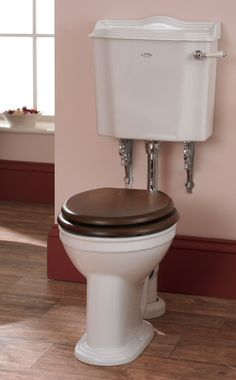 Low Level Traditional Toilet Pan and Cistern incorporating a water saving dual flush system.