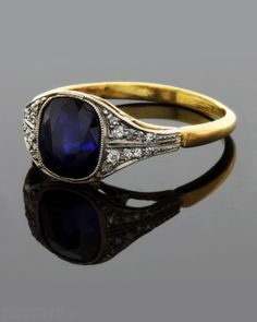 Antique Sapphire & Diamond Ring. This is it. This is the perfect ring in white gold!